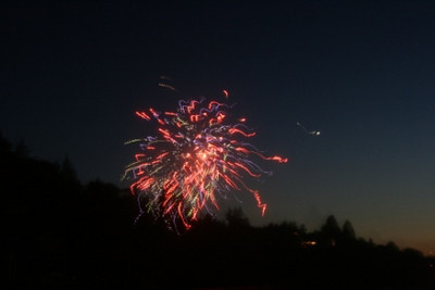 Firework @ Sandy Point July 4th Celebration Whidbey Island Washington, USA July 2007