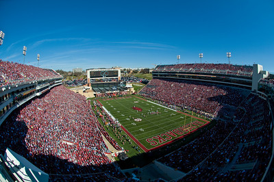 Sports-Football-Reynolds Razorback Stadium-9