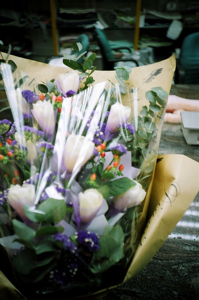66100014 <br /> Tracy's Flower<br /> <br /> Tracy原本話轉工,所以我買左花送俾佢,後尾又冇左件事喎......都好......