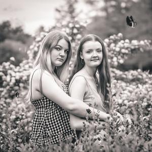 girls in flowers--4