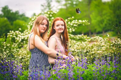 girls in flowers--3