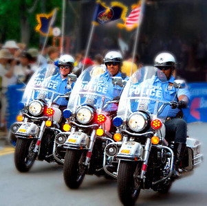 3 Police Riders - 2008 *