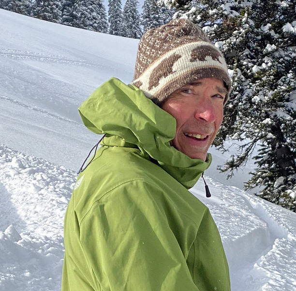 Skinning up at bottom of Casino Bowl - E Frk Mail Cabin