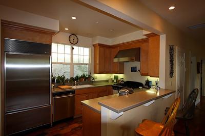 full_kitchen1