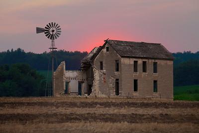 Farmhouse sunset lrg