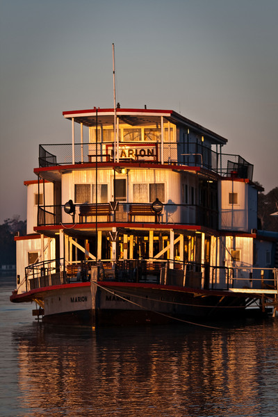 Ps Marion - Mannum SA bathed in early morning light
