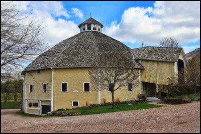 Round Barn in East Warren, Vt.