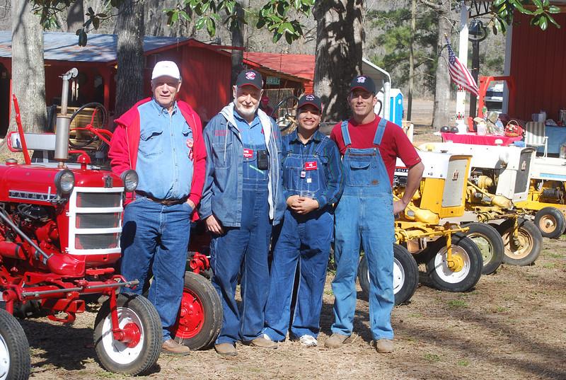 Deep South Cubfest hosts