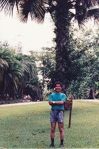 Yixiong@1993
