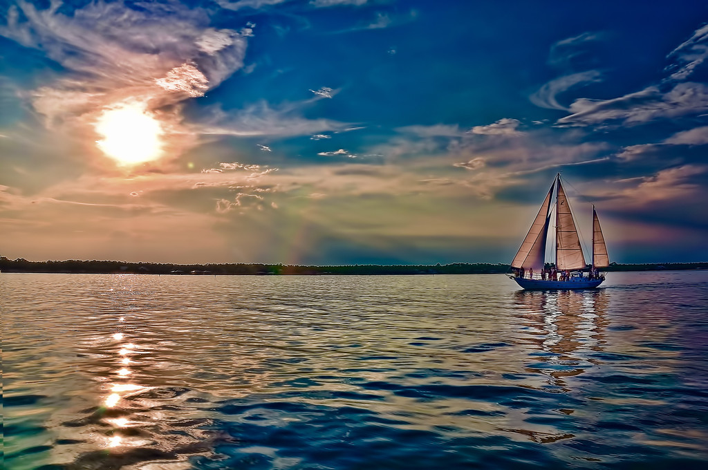 Sail-Boat-Gulf
