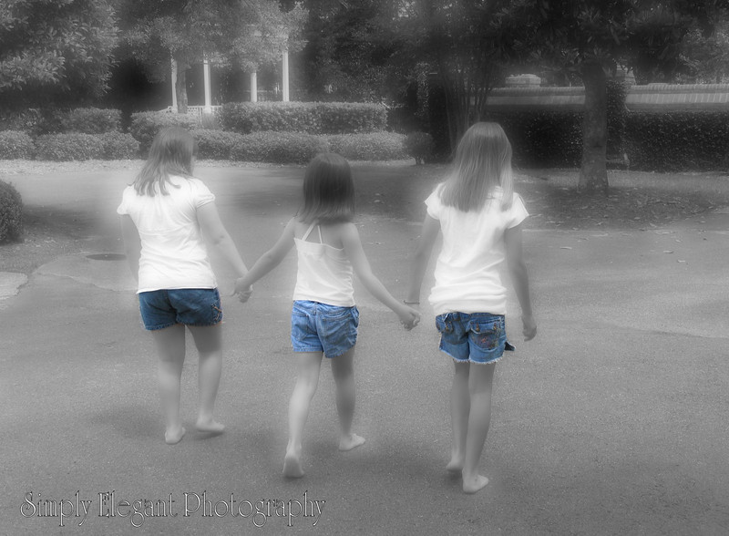 Copy of Colorized Picture of the 3 girls