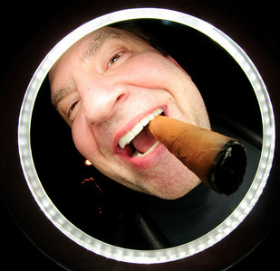 jeff_ringshot_cigar2
