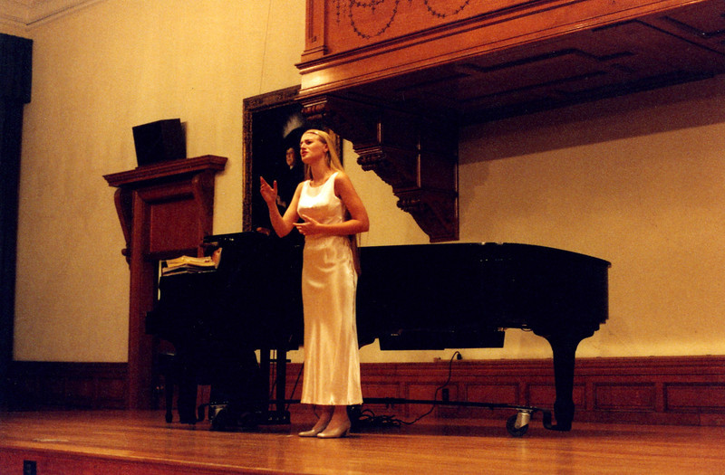 Jenn Sings2038