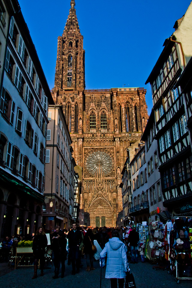 Strasbourg Cathedral with Johm and Inga sm