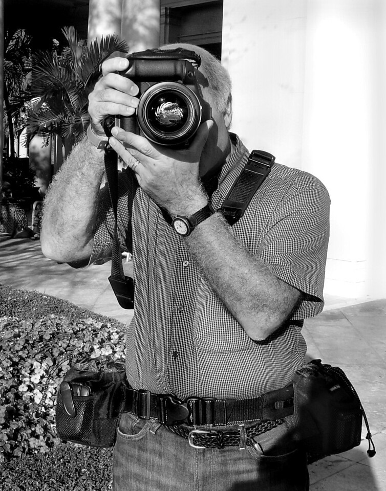 ThePhotographerBlkWh