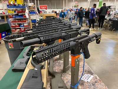 What It's Like Visiting A Gun Show In America