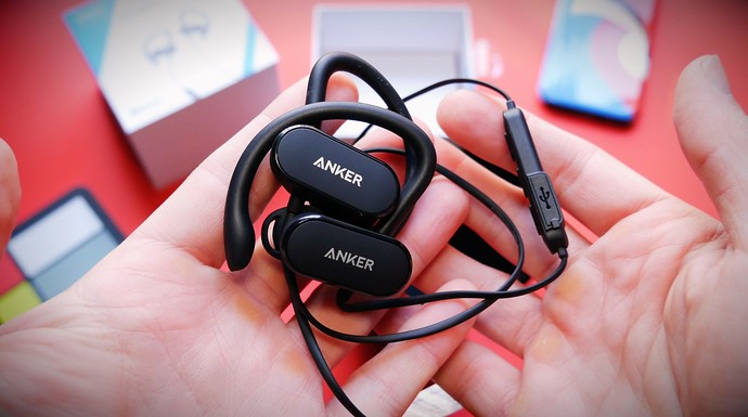 Anker's Soundbuds Curve Are Budget Wireless Earbuds For Runners Who Travel