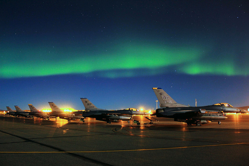 usaf_f16_kunsan_northern_lights