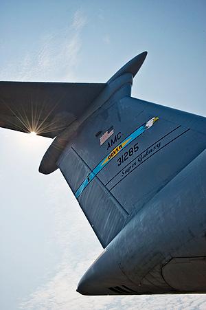 C-5M_tailFlash_tn