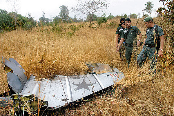 rtaf_f16s_crash_cobra_gold