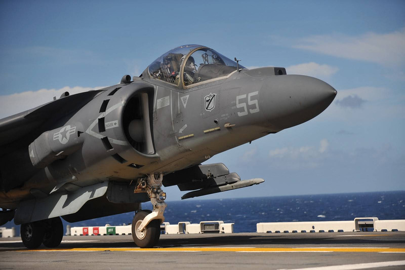 usmc_vma214_av8b_harrier