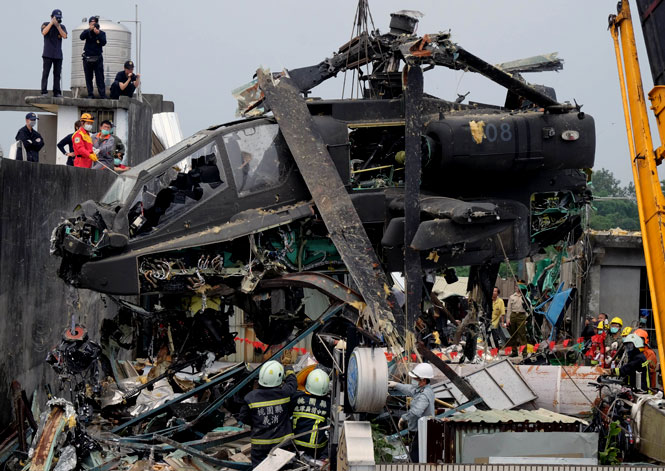 TAIWAN-US-MILITARY-APACHE-ACCIDENT