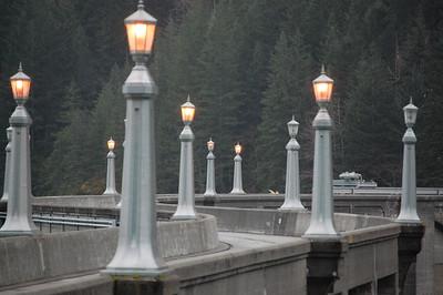 Dam lights