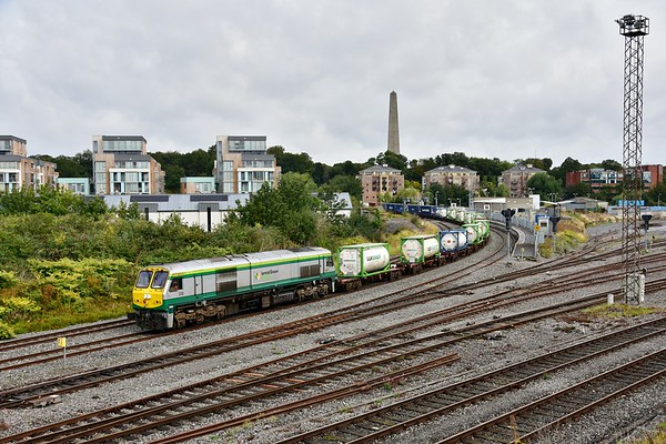 232 passes Islanridge Jct. with the late running 0935 North Wall - Ballina IWT Liner. Mon 09.09.19