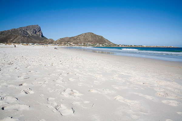 Footprints on the beach at Pringle Bay