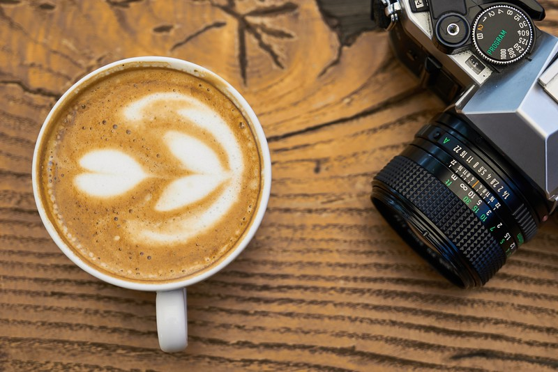 close-up-photo-of-coffee-near-camera-2347309