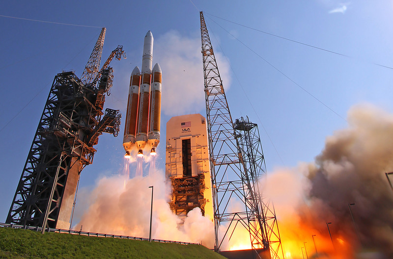 Delta-IV Heavy NROL-15 Hi-Res NO WATERMARK