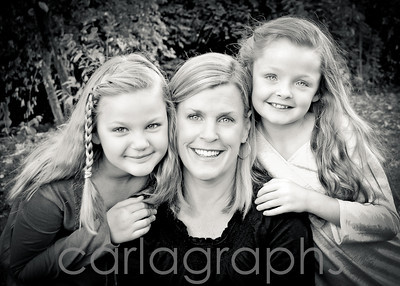 Mom and Her Girls bw-