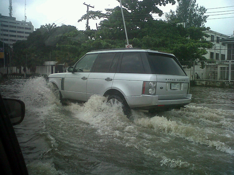 Driving on Kingsway, Ikoyi, Lagos towards Falomo roundabout, suspension high after some pretty bad rain !