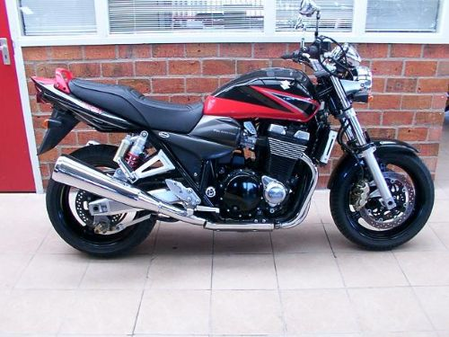 Sold it to my good mate Anthony, hope he will let me use when I am in Holland ;)