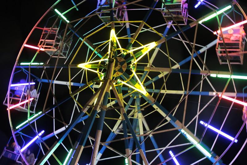 manpowered ferris wheel! - aung pan, shan state