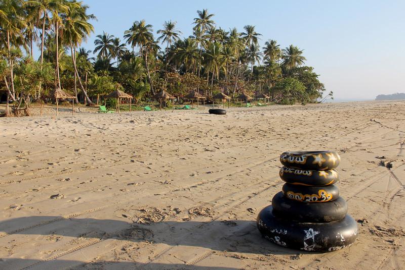 naungshwe beach