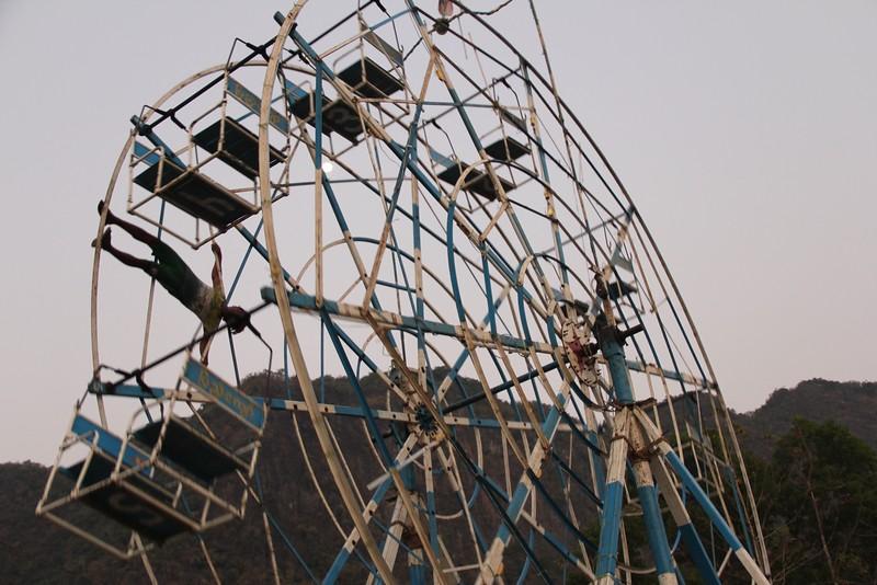 Man-powered ferris wheel