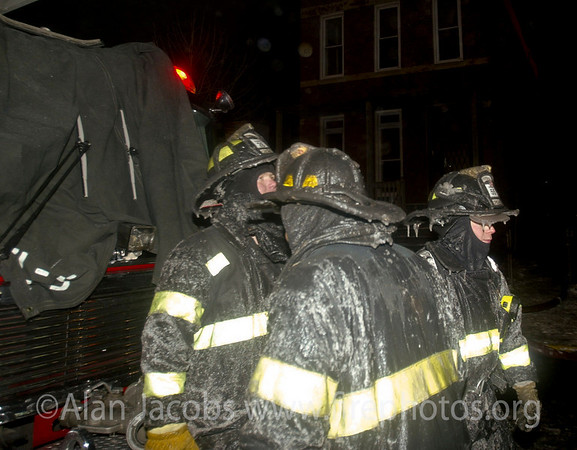 A cold night... 311 alarm, 2121 W. Washington, 2/11/03<br /> 10°, 20 mph sustained wind for 6 hours. edit
