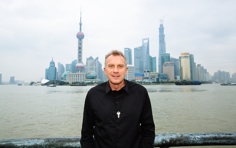 November 14 - Joe Montana at The Bund in Shanghai (NFL China)