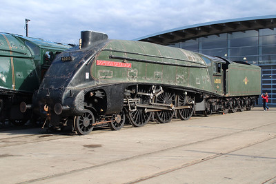 A4 4-6-2 60010 'Dominian of Canada' (Now back in Canada)   20/10/12