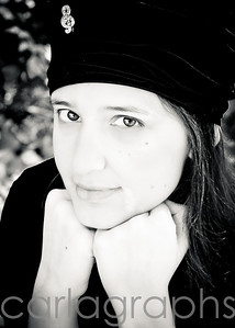 Lydia with Black Hat bw-