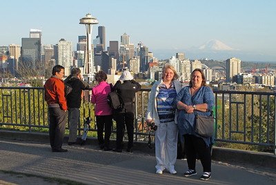 Alex and Nadine at Kerry Park Viewpoint (Queen Anne)