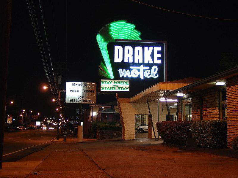 Nashville's Drake Motel