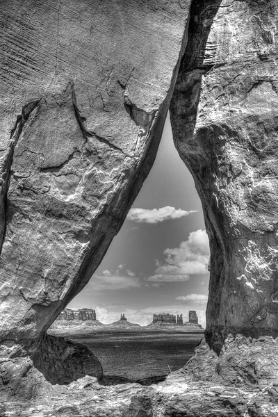 Looking through the Teardrop into Monument Valley