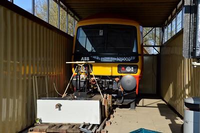 325000 Class 325 Mock up    06/04/15