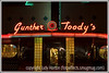 Gunther Toody's diner at night.