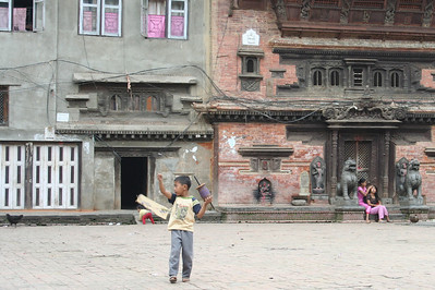 kites are everywhere in kathmandu