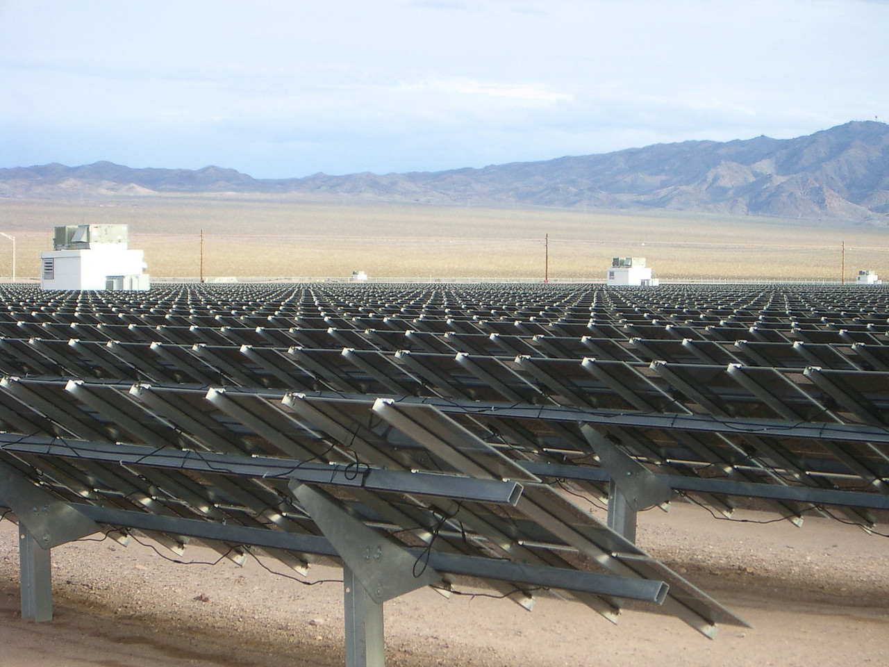 At 10 MW, it isn't as big as North America's largest photovoltaic array, at Nellis Air Force Base, with 14 megawatts.
