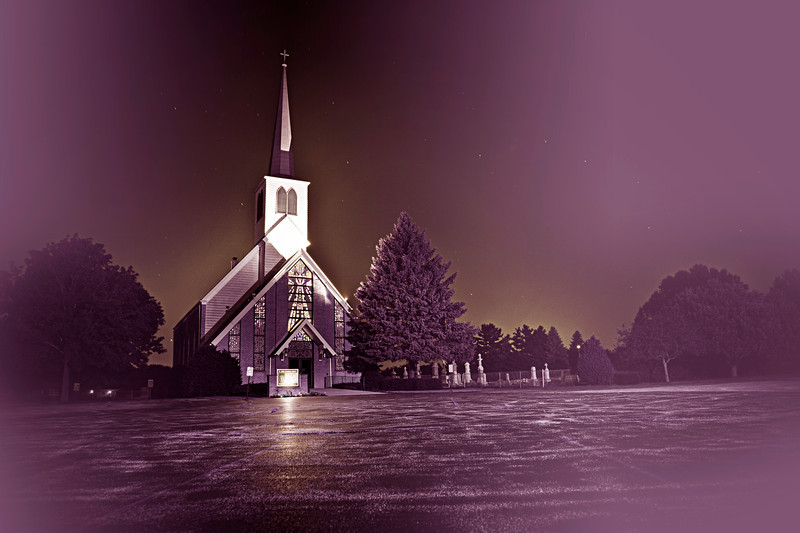 The creepy little church | neverphoto.com