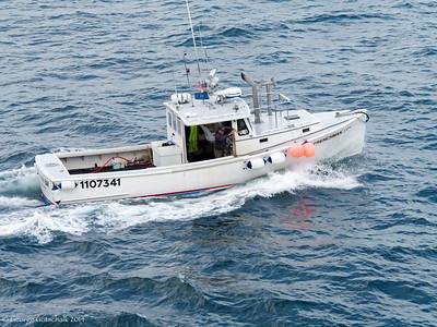 Portland Pilot Boat leaving